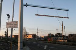 'Low clearance 4.6m' gantry at the Aviation Road level crossing