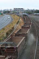 Geelong line ballast: Into Geelong
