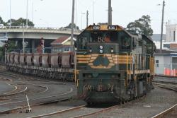 Geelong line ballast: At Geelong
