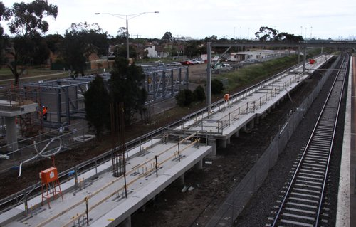 New up platform, note the face moves outwards towards the tracks about 30 metres in