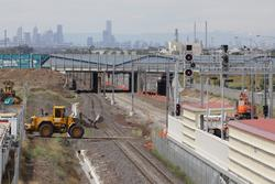 Laverton Rail Upgrade project: New signal lit at the up end of Laverton platform 1 - now with a banner indicator instead of a route feather