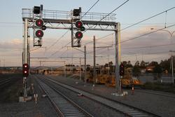 Signals LAV763 and LAV722 at the up end of the platforms