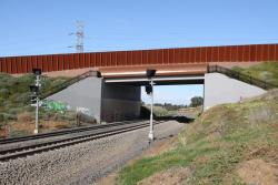 Additional banner indicator for up trains on the new track at the Geelong Ring Road overpass
