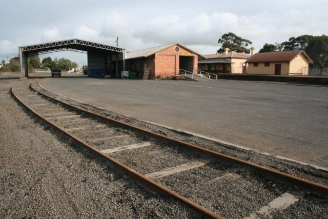 Goods siding and sheds