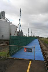 Temporary platform extension at the up end of Lara
