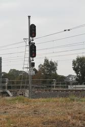 Signal 20/26 for up trains arriving at Laverton Loop
