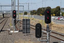 Signals LAV722P and LAV702 at the up end of Laverton station