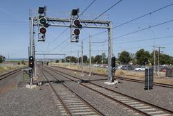 Signals LAV732 and LAV722 at the up end of Laverton station