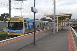 Trains at Laverton platform 2 and 3