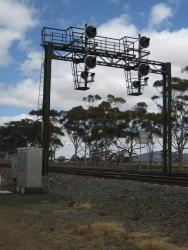 Signals protecting the up end of Little River