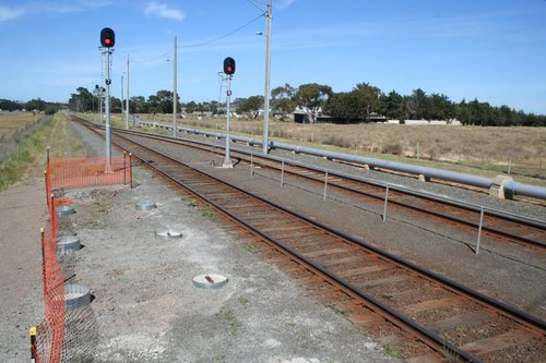 Platform extension at the down end