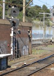 North Melbourne: Signal IAA552