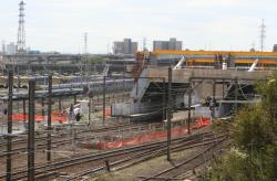 Work on the extension of platform 5/6 to permit 7 car Vlocity consists
