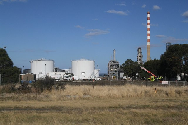 Refinery still operating, but the tank car filling facility is gone