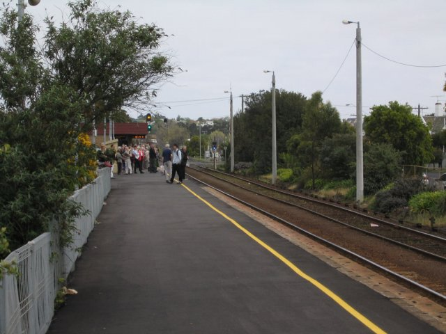 Looking up the South Geelong station platform