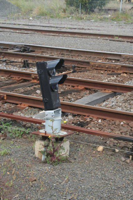 Dwarf signal on post 6 for down trains to siding 'B'