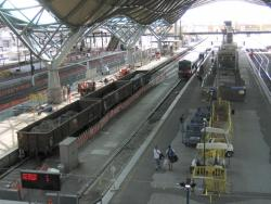 Southern Cross: Rebuilding work on platform 7/8, works trains in attendance