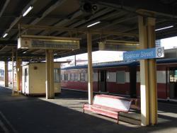Southern Cross: Old style PIDS display on platform 8