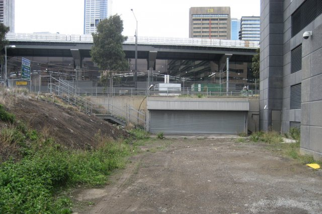 Docklands end of the main passenger subway, just west of Wurundjeri Way. Opened in the early 2000s and now abandoned.