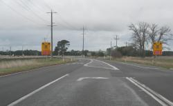 Princes Highway advance warning light looking towards Geelong