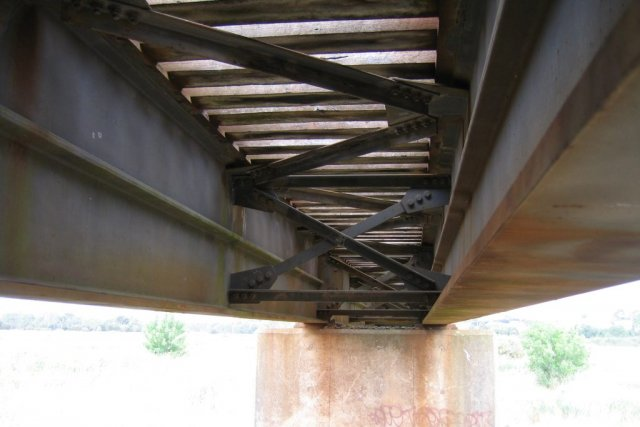 Underside of the timber transomed bridge