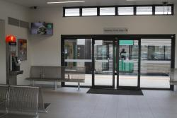 Enclosed waiting room at Waurn Ponds