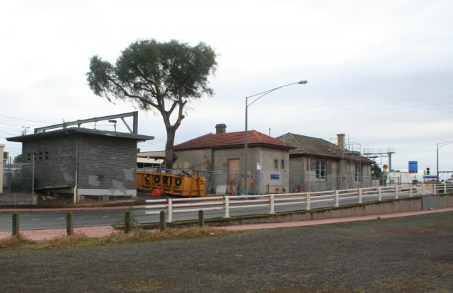 Back of the old station building on platform 3