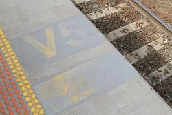 Faded 'V5' stopping mark for 5-car VLocity train sets