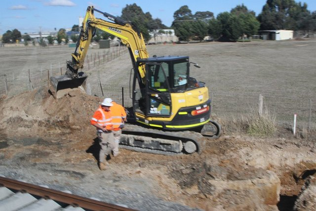 Clearing the alignment for the second track towards Maddingley