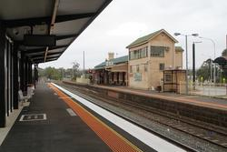 Bacchus Marsh: Down end of the station, both platforms now in place