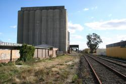 Looking west towards the silos, parallel to the main line towards Ararat