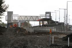 Wendouree: New platform and footbridge viewed from the up end