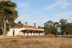 Disused station building at Clunes
