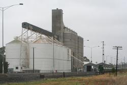 Sunshine GEB sidings: Grain elevators