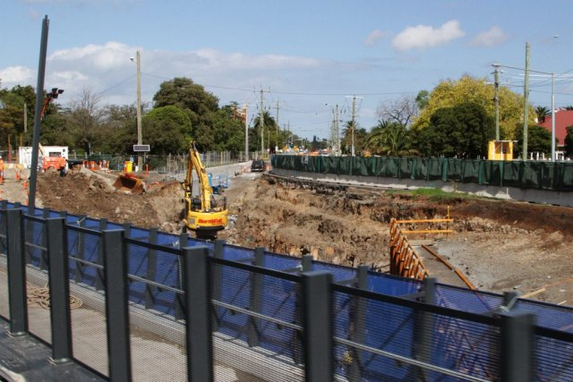 Digging out the southern side of the future road underpass