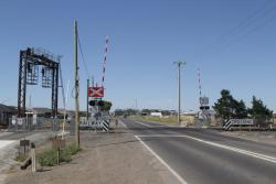Upgraded level crossing for the combined Ballarat line and RRL tracks at Robinsons Road