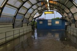 Footscray Station: Inside the existing footbridge - the halfarsed roof leaks every time it rains!