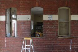 Restoring the brick heritage building on the former platform 1