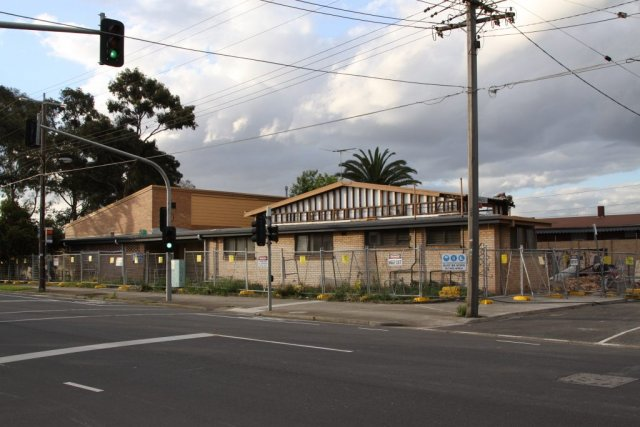 Footscray Senior Citizens Centre on the way down