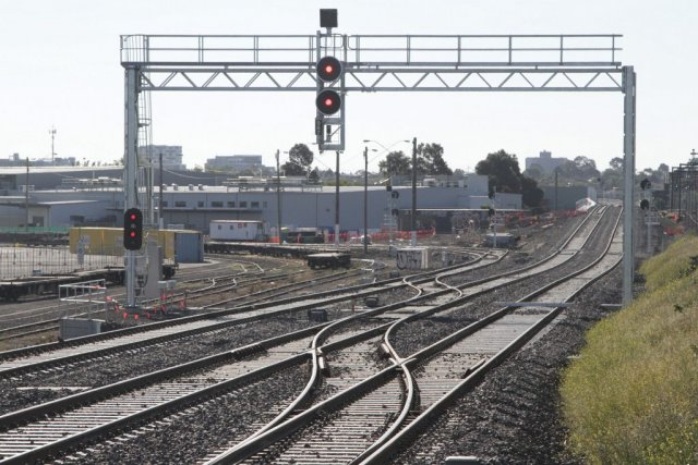 Crossover from the North Dynon goods lines onto the RRL tracks