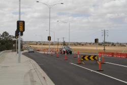 Future intersection on Derrimut Road to access the northern car park at Tarneit station