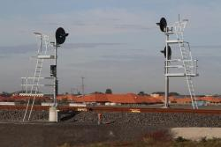 Signal MW290 for up trains at Tarneit station