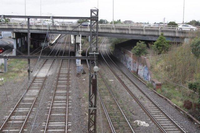 Tracks beneath the Geelong Road overpass