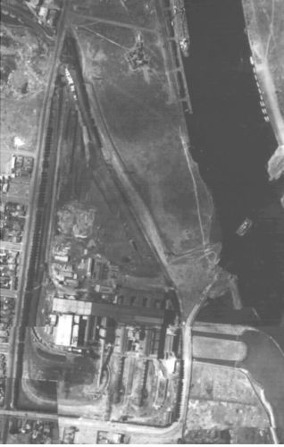 1945 aerial photo of Newport Power Station